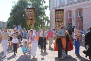 Перед открытием фестиваля-Крестный ход