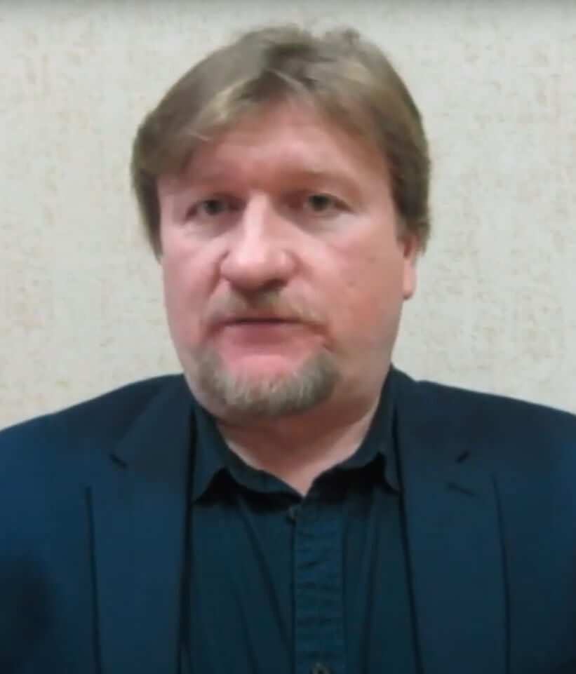 Николай Сапелкин. О жизни и творчестве Вячеслава Дёгтева